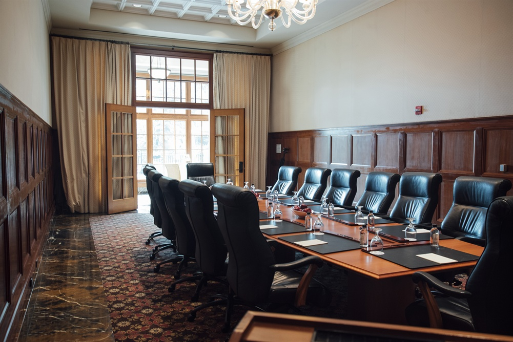The Ambassador Meeting Room at Royal Park Hotel in Rochester MI
