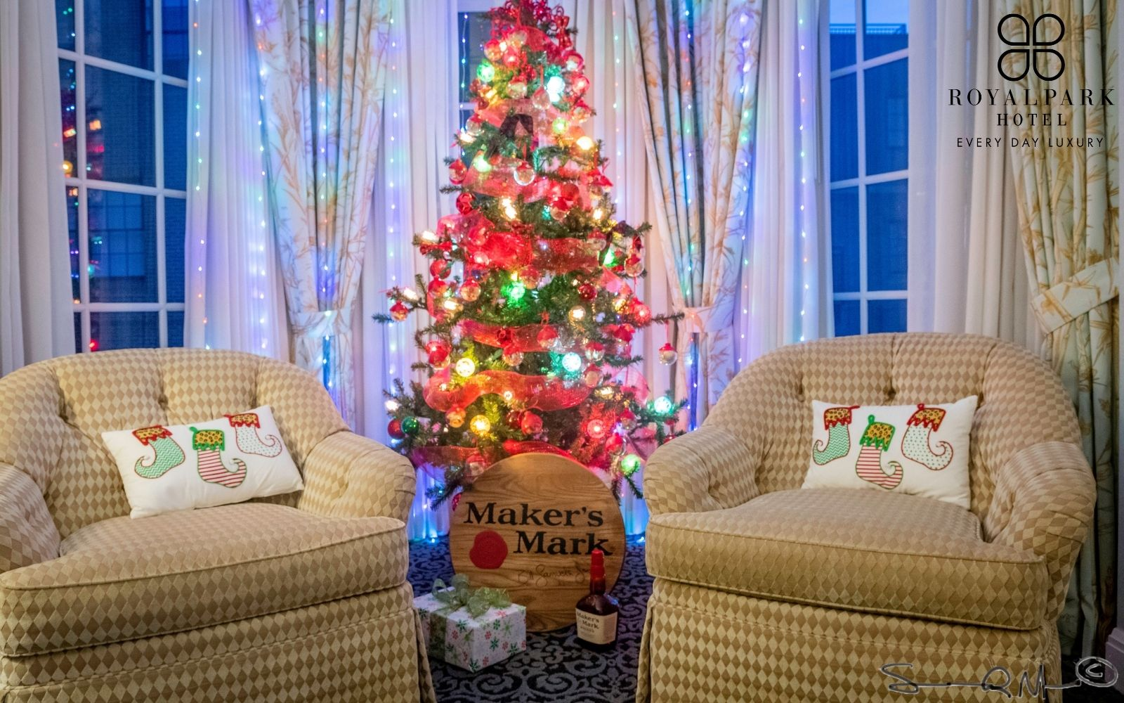 Holiday Themed Suites at Royal Park Hotel