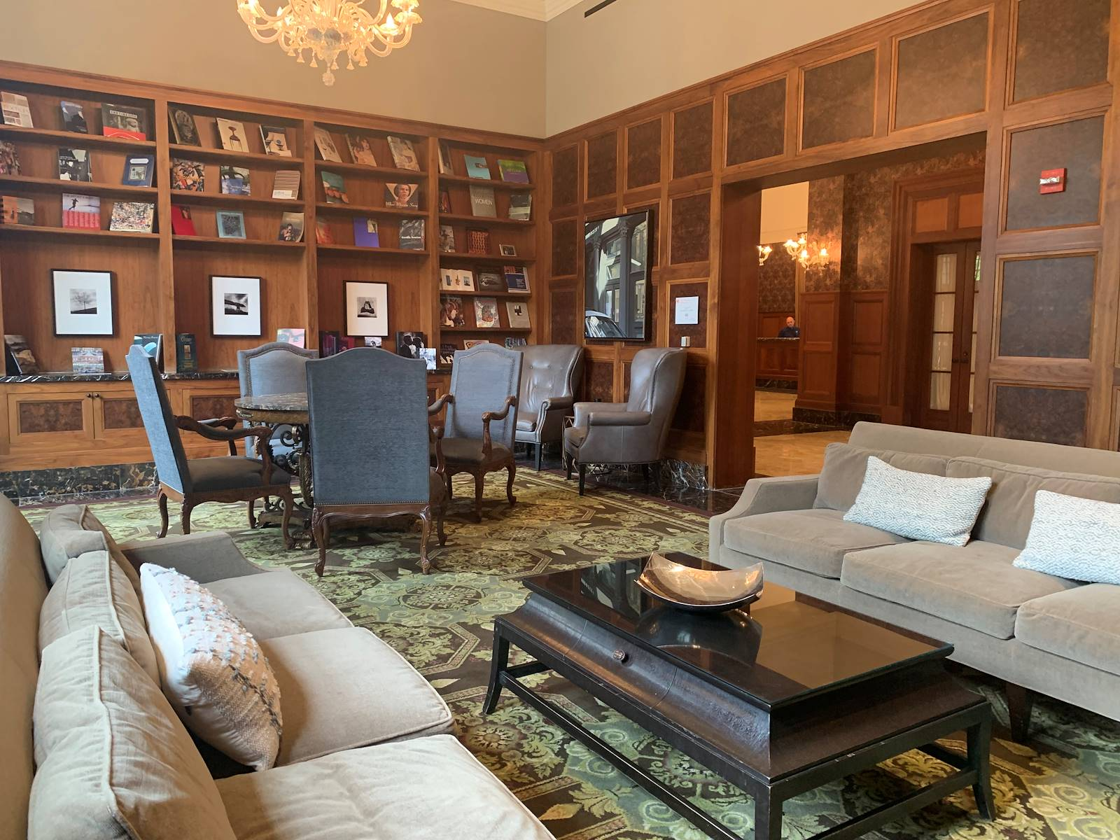 Library of Royal Park Hotel in Rochester Michigan