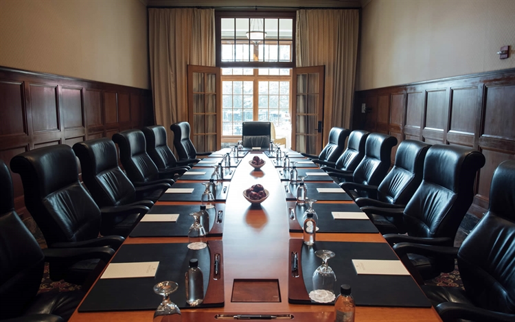 Corporate Meeting Room at Royal Park Hotel in Rochester Michigan