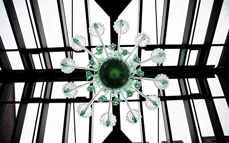 Murano Glass Chandelier in Conservatory at Royal Park Hotel